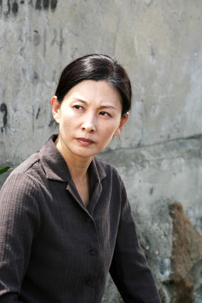 Lời nguyền dàn cast Phía Đông Vườn Địa Đàng: 2 vụ tự tử chấn động châu Á, mỹ nhân lộ tính cách đáng sợ hơn cả trong phim - Ảnh 12.