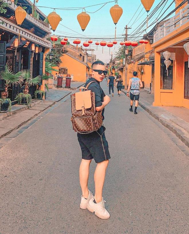 Rộ tin Vũ Khắc Tiệp đang đi du lịch ở Đà Nẵng, người trong cuộc nói gì? - Ảnh 5.
