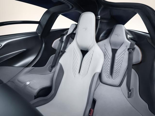 Giới buôn xe ở Việt Nam chào bán McLaren Speedtail 100 tỷ chưa là gì với mức giá ở đại lý này - Ảnh 4.