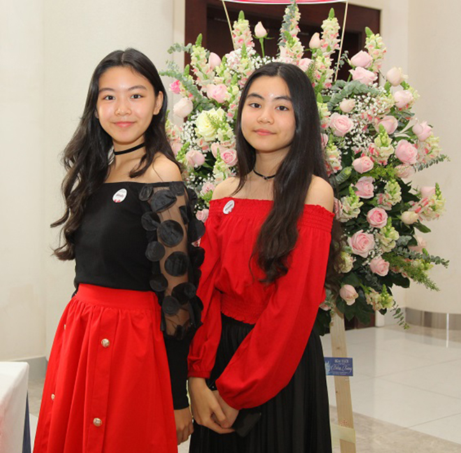 Cận cảnh nhan sắc hai ái nữ con MC Quyền Linh - Ảnh 2.