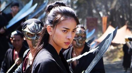 Gương mặt trẻ trung, làn da không tỳ vết của Ngô Thanh Vân ở tuổi 41 - Ảnh 3.