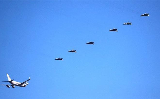 Su-57 bất ngờ nằm ổ ở Syria: Nhiệm vụ bí mật chưa từng có - Xứng tầm át chủ bài? - Ảnh 1.
