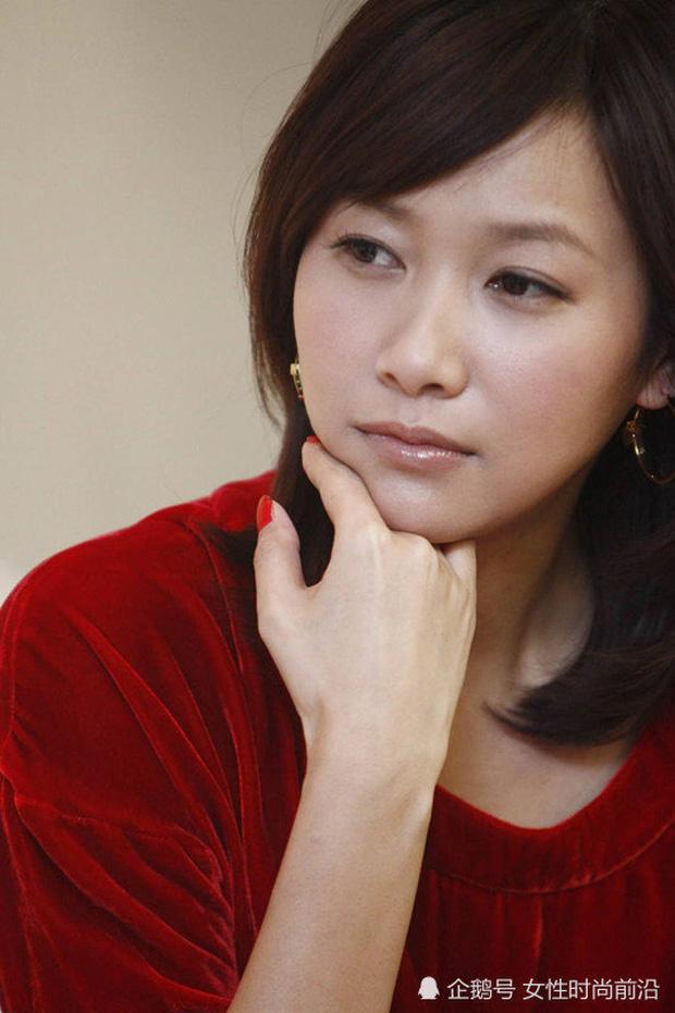 6 sao Cbiz hàng đầu quyết không kết hôn: Tần Lam - Châu Tinh Trì vì tình, Tài nữ số 1 giới giải trí khiến ai cũng bất ngờ - Ảnh 6.