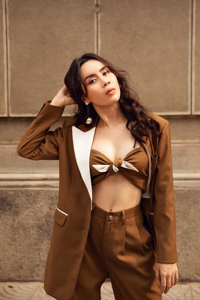 Lưu Hương Giang sau 2 lần sinh nở: Giấu chồng phẫu thuật thẩm mỹ, mặc sexy ở tuổi U40 - Ảnh 7.