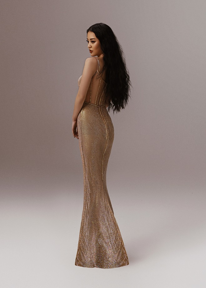 Gu thời trang sành điệu của Hoa hậu Hoàng Hải Thu khi đóng Lựa chọn số phận - Ảnh 4.