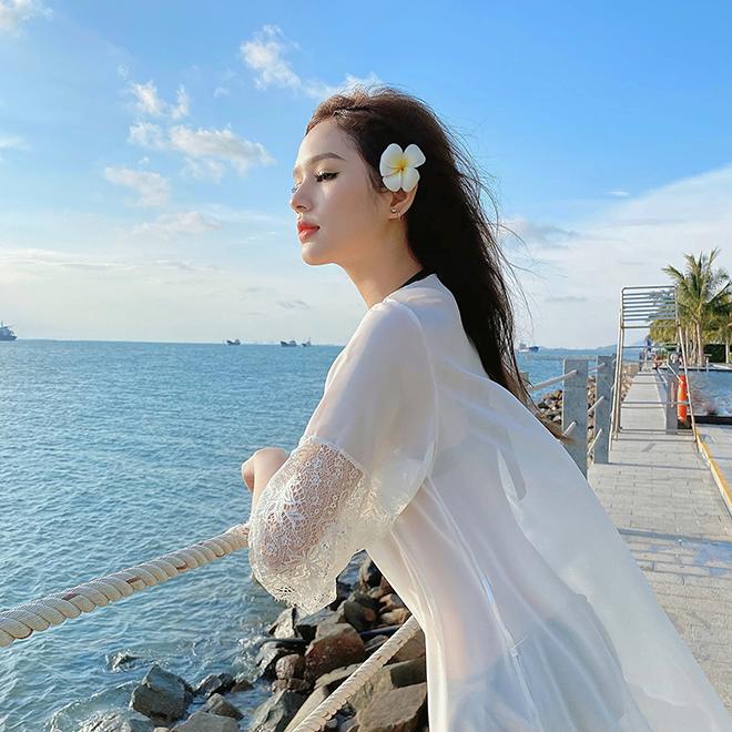 Chị dâu tai tiếng nhưng sành điệu, gợi cảm của Diệp Lâm Anh - Ảnh 7.