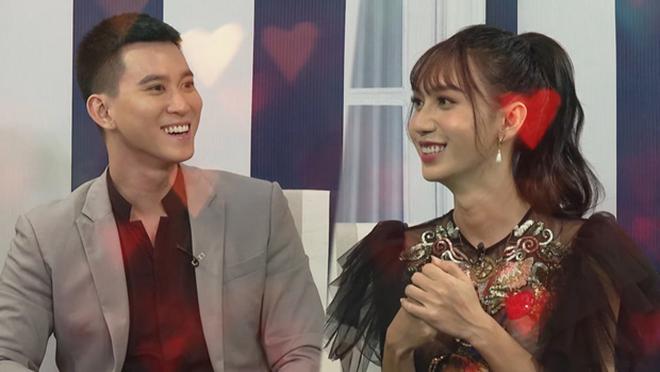 Thân thế ít biết của nam MC dẫn cùng Lâm Khánh Chi, được nhiều người yêu thích  - Ảnh 2.