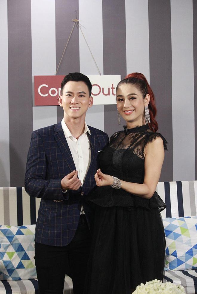 Thân thế ít biết của nam MC dẫn cùng Lâm Khánh Chi, được nhiều người yêu thích  - Ảnh 3.