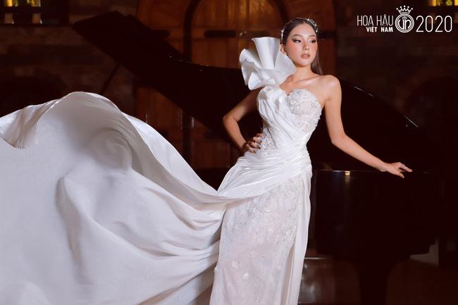 4 gương mặt thân quen tại Hoa hậu Việt Nam 2020: Người lột xác sau 1 năm gây ngỡ ngàng, thí sinh 2k hở bạo đến nóng mắt - Ảnh 2.