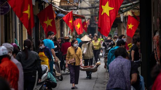 Báo Anh: Việt Nam đã chống dịch rất thành công, và giờ cả thế giới sẽ dõi theo họ chống lại làn sóng Covid-19 mới như thế nào - Ảnh 5.