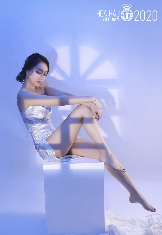 4 gương mặt thân quen tại Hoa hậu Việt Nam 2020: Người lột xác sau 1 năm gây ngỡ ngàng, thí sinh 2k hở bạo đến nóng mắt - Ảnh 8.
