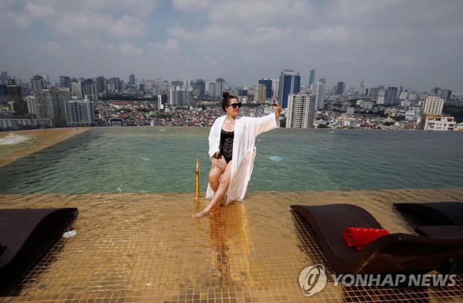 Khách sạn dát vàng ở Hà Nội được báo Hàn rầm rộ đưa tin, con số đầu tư gây sốc lên đến hơn 2,3 nghìn tỷ đồng - Ảnh 13.