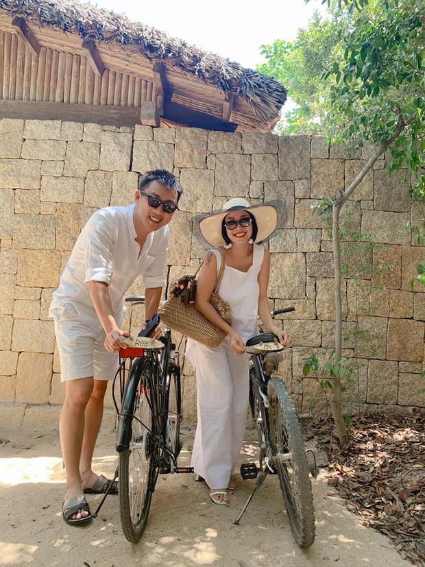 Ốc Thanh Vân hội ngộ gia đình Hà Hồ trong kỳ nghỉ sang chảnh, tiện dành lời chúc phúc cho mẹ bầu và Kim Lý - Ảnh 4.