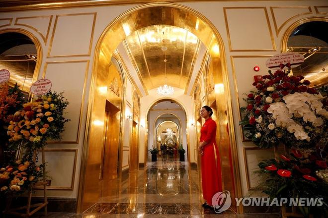 Khách sạn dát vàng ở Hà Nội được báo Hàn rầm rộ đưa tin, con số đầu tư gây sốc lên đến hơn 2,3 nghìn tỷ đồng - Ảnh 14.