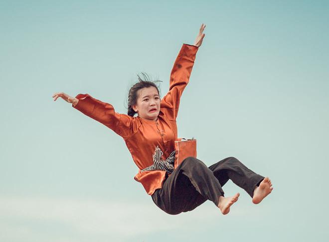 Không concept sang chảnh, chùm ảnh học trò quậy hết cỡ chứng minh: Cần gì tốn nhiều tiền, kỷ yếu cần vui là đủ! - ảnh 8