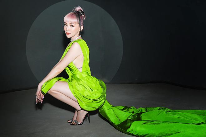 Tóc Tiên tung loạt ảnh mặc bikini gợi cảm - Ảnh 8.