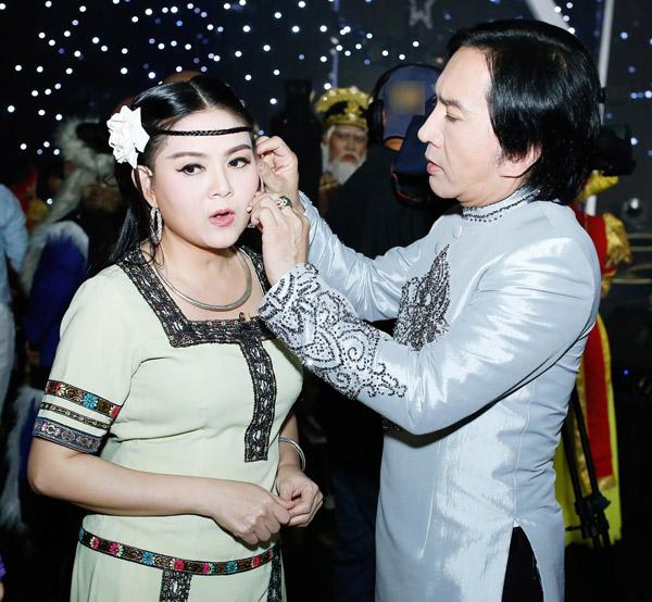 Nhan sắc vợ 3 được Kim Tử Long yêu chiều hết mực, chỉ cần thích là mua tặng ngay xe hơi - Ảnh 11.