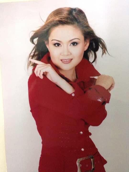 Nhan sắc vợ 3 được Kim Tử Long yêu chiều hết mực, chỉ cần thích là mua tặng ngay xe hơi - Ảnh 6.