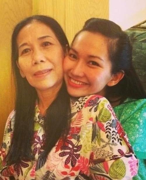 Hôn nhân đầy nước mắt của Kim Hiền, DJ Phong và chuyện xúc động khi con rể cũ lo hậu sự cho mẹ vợ - Ảnh 1.