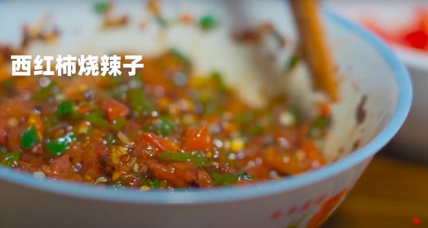 """Ngay tại Trung Quốc đã có loạt vlogger phong cách na ná Lý Tử Thất, có người còn gần như """"copy"""" nguyên si - Ảnh 19."""