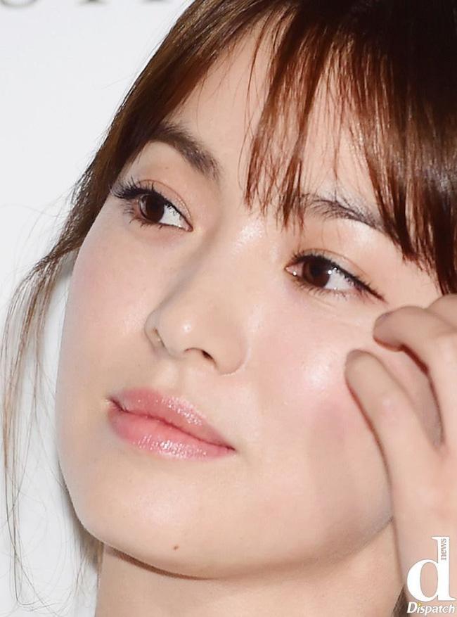 Nhan sắc thật sự của mỹ nhân Hàn được bóc trần qua ảnh chụp cận cảnh: Không thể tin nổi với làn da U40 của Song Hye Kyo, Kim Tae Hee - ảnh 3