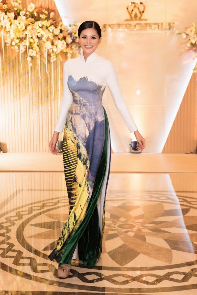 Ca sĩ Phương Anh, hoa hậu Kim Nguyên đẹp nổi bật với áo dài của NTK Nhật Dũng - Ảnh 7.