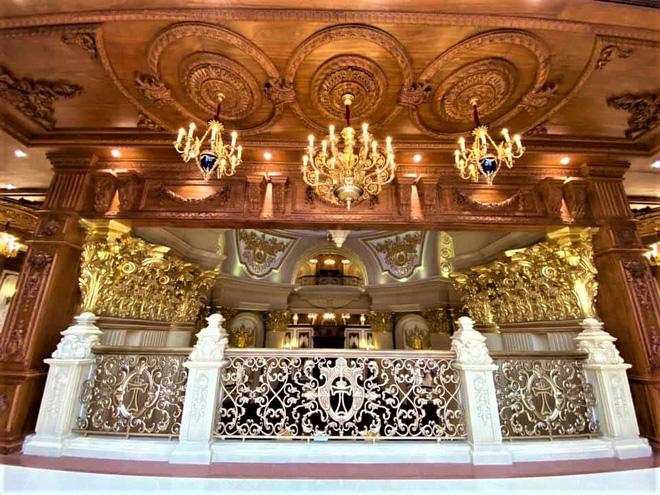 Hé lộ 1 góc nội thất lâu đài đại gia Hà Nội, chỉ phần ốp gỗ mạ vàng đã thấy quy mô khủng - Ảnh 6.