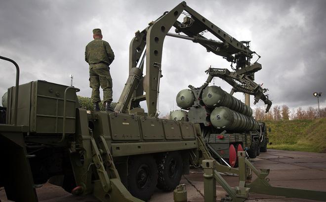 Từ 2017, Sputnik đã chỉ đích danh VN là khách sộp của tên lửa S-400 Nga: Cần là có? - Ảnh 3.