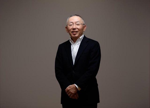 Tỷ phú giàu nhất Nhật Bản kiếm được hơn 9 tỷ USD nhờ khách hàng trở lại mua sắm tại Uniqlo - Ảnh 1.