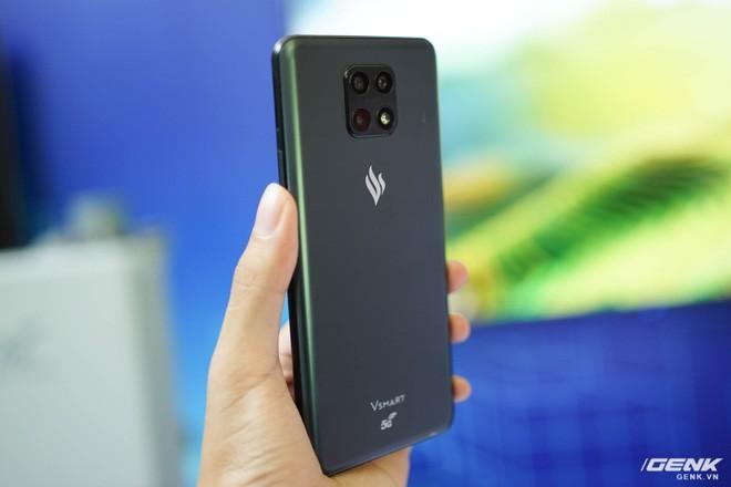Trên tay Vsmart Aris 5G và trải nghiệm mạng 5G của Viettel - Ảnh 10.