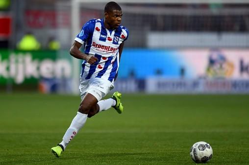 Heerenveen sắp đạt doanh thu hơn 100 tỷ đồng, chốt ngày quyết định hợp đồng của Đoàn Văn Hậu - Ảnh 1.