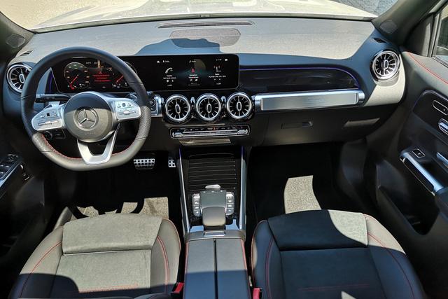 Mercedes-Benz GLB giá dự kiến 2,05 tỷ đồng - SUV 7 chỗ mới cho nhà giàu Việt - Ảnh 4.
