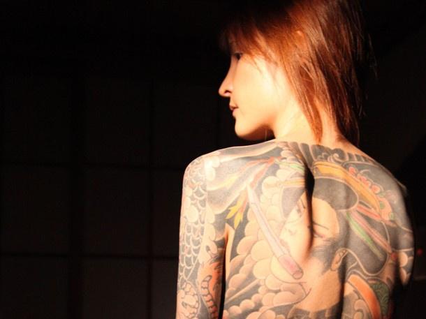 Con gái ông trùm mafia khét tiếng Nhật Bản: Bị cưỡng hiếp liên tục để trả nợ cho cha, thời niên thiếu nhuốm đầy máu và quyết định thay đổi cuộc đời - Ảnh 7.