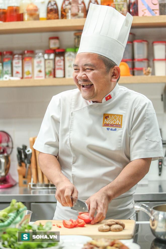 Siêu đầu bếp Võ Quốc: Từ dân chơi đua xe máu mặt Sài Gòn đến Đại sứ ẩm thực Việt Nam - Ảnh 14.
