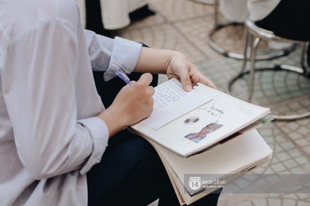 Dàn nữ sinh gây thương nhớ trong lễ bế giảng: Mặc áo dài hay đồng phục trắng đều mê mẩn lòng người - Ảnh 21.