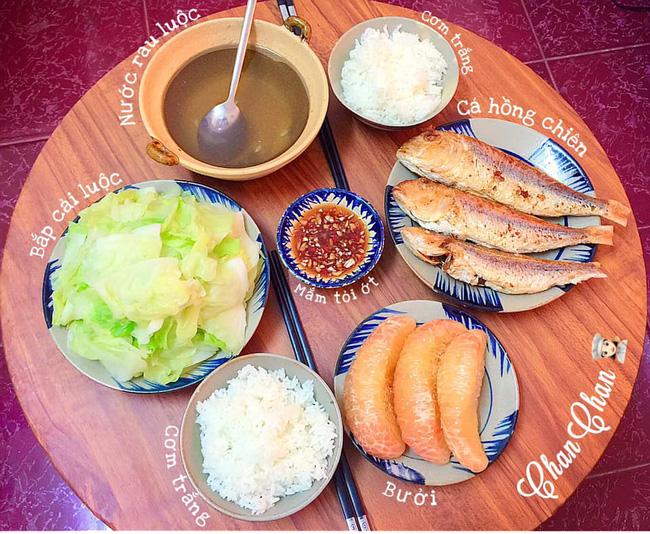Khoe 30 mâm cơm chuẩn nhanh-ngon-bổ-rẻ, vợ đảm Hà Nội tiết lộ cả bí quyết nấu ăn thần tốc khiến hội chị em trầm trồ - ảnh 17
