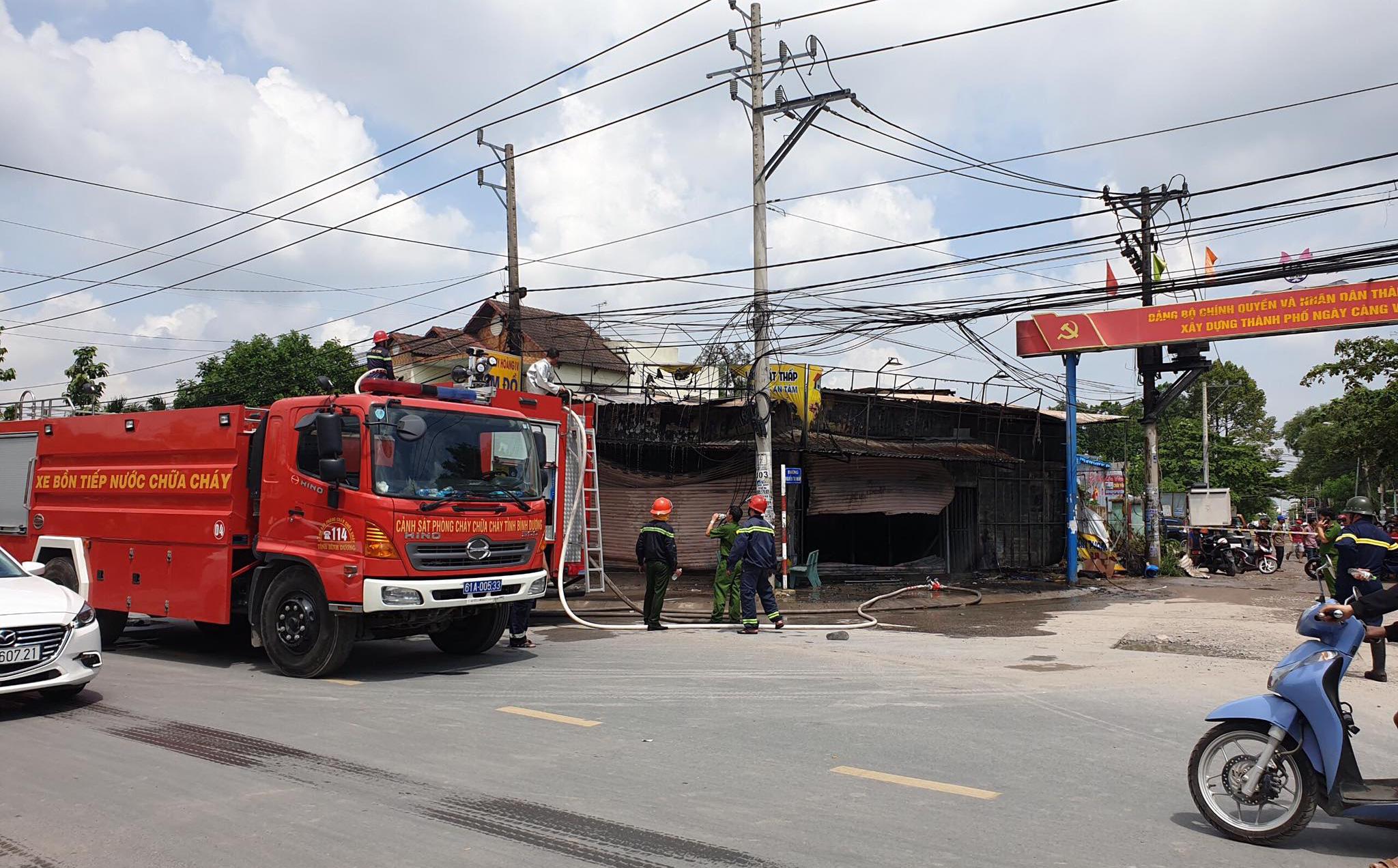 Thông tin mới nhất về vụ cháy ở tiệm cầm đồ: Cả 3 người bị mắc kẹt bên trong đều đã tử vong