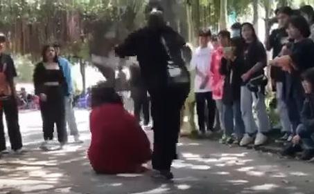 """Thiếu nữ 16 tuổi bị đánh đập dã ở Tây Ninh do """"đi uống cà phê sao nhìn chị"""""""