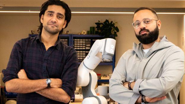 Bàn tay robot có cảm xúc như người - Ảnh 2.