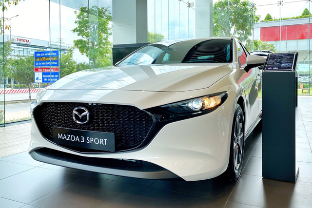 Mazda hạ giá sốc loạt xe hot tại Việt Nam: CX-8 giảm 200 triệu, CX-5 rẻ nhất phân khúc - Ảnh 4.