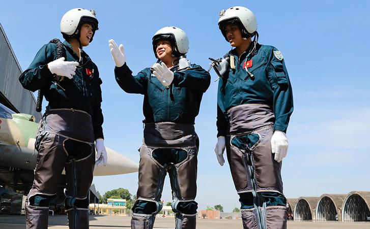 FlightGlobal: Hãng chế tạo Italy chào hàng máy bay mới cho Không quân Việt Nam