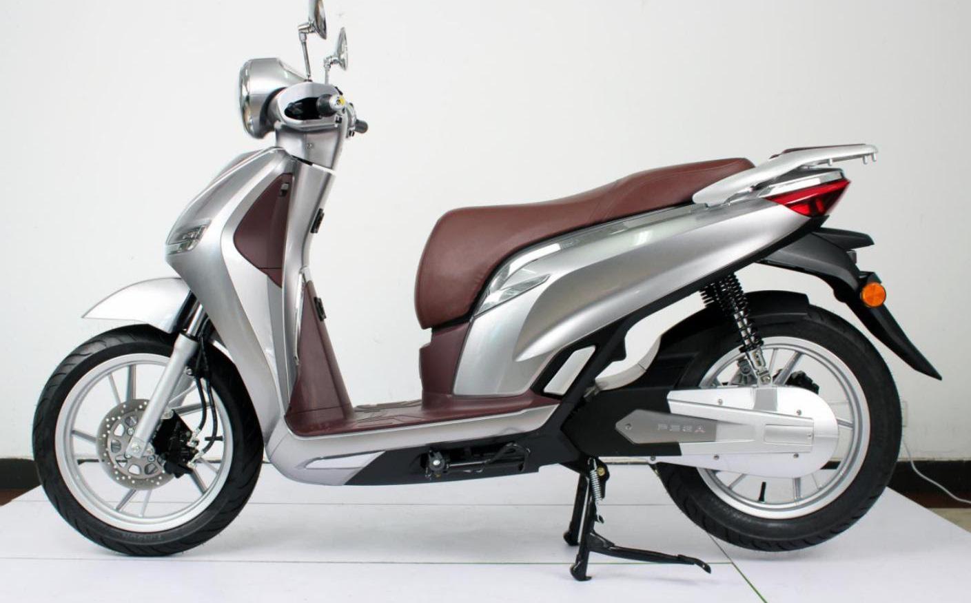 Mẫu xe giống với Honda SH nhưng giá bằng 1/3 bán ngược lại cho thị trường Trung Quốc