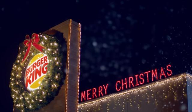 Quá mệt với 2020, Burger King tung chiến dịch marketing ăn mừng Giáng Sinh từ tận tháng 7  - Ảnh 2.