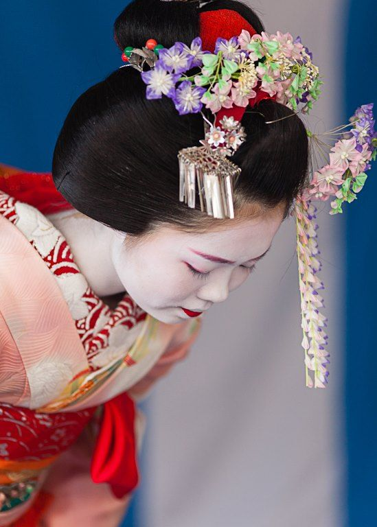 Hội chứng Geisha ở Nhật: Khi phụ nữ trở thành người phục tùng đàn ông, làm hài lòng người đối diện và không có tiếng nói ngoài góc bếp - Ảnh 6.