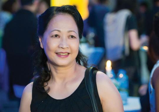 """NSND Như Quỳnh nói về tin đồn sợ đám đông, chấp nhận làm """"bà ngoại bỉm sữa"""" ở tuổi gần 70 - Ảnh 4."""