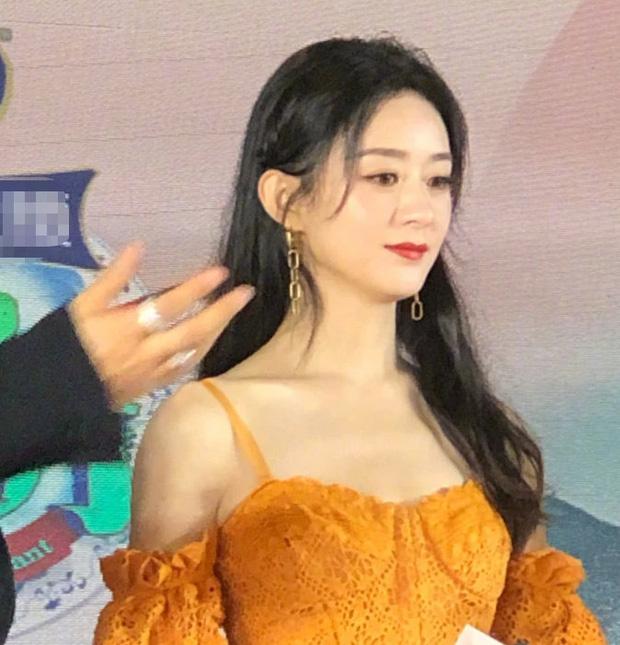Triệu Lệ Dĩnh lại gây bão Weibo: Nhan sắc chấp cả ảnh team qua đường, Angela Baby - Dương Mịch hãy dè chừng - Ảnh 6.