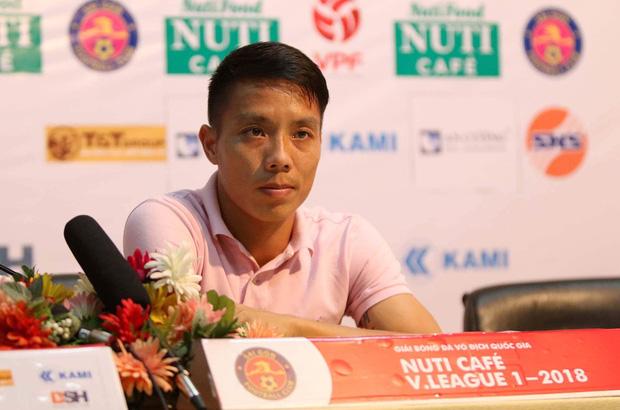 Công thần đăng tút gây xôn xao, tiết lộ mảng tối ở đội Sài Gòn FC đang thống trị V.League 2020 - Ảnh 1.
