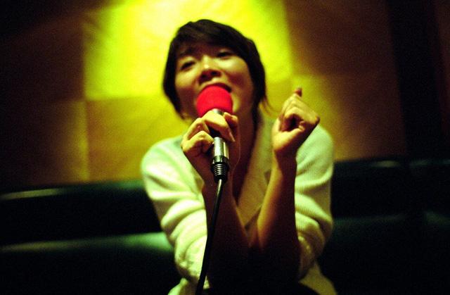 Chuyện đời thăng trầm như phim của cha đẻ máy hát Karaoke: Có lúc giàu sang nhưng trầm cảm, mất tiền khủng bản quyền song bất ngờ sánh ngang các huyền thoại thế kỷ 20 - Ảnh 1.