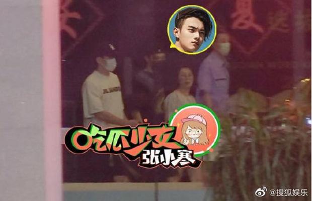 Cbiz thêm 1 cặp đôi chị em chênh nhau tới 8 tuổi: Song Hye Kyo Trung Quốc hiện đang cặp kè với Phó Hằng Hứa Khải? - Ảnh 3.
