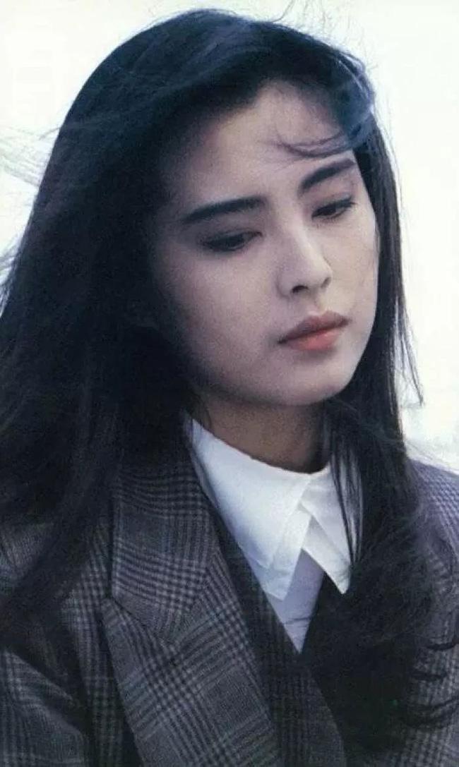 Câu chuyện trả thù chồng và nhân tình nổi tiếng Cbiz: Bị Vương Tổ Hiền cướp chồng, Tạ Linh Linh ôm 5 con bước khỏi cổng hào môn, trở thành nữ tỷ phú giàu bậc nhất làng giải trí - Ảnh 6.